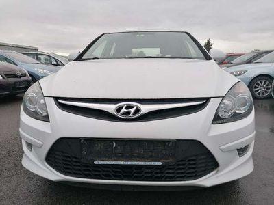 gebraucht Hyundai i30 1,6 CRDi Comfort DPF NUR 69000KM