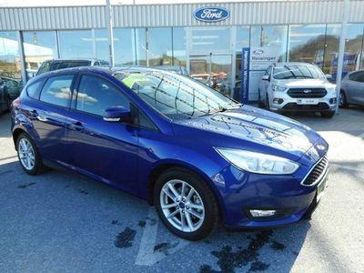 gebraucht Ford Focus 1,0 EcoBoost Trend
