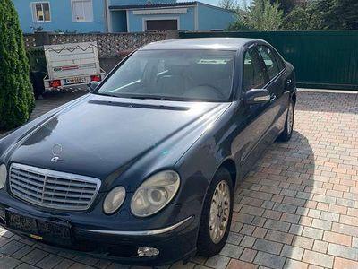 gebraucht Mercedes E320 Limousine