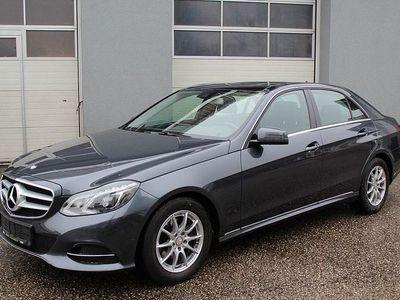 gebraucht Mercedes E200 BlueTEC Elegance Aut. *Topausstattung*