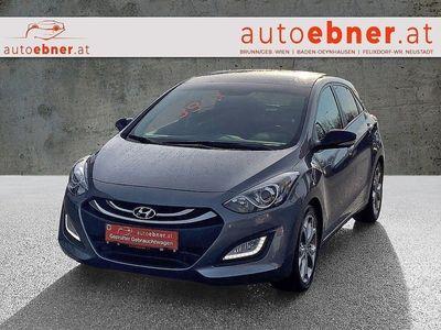gebraucht Hyundai i30 1,6 CRDi DCT Premium