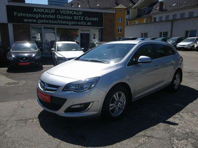 gebraucht Opel Astra ST 1,6 CDTI Ecoflex Cosmo Start/Stop Kombi / Family Van