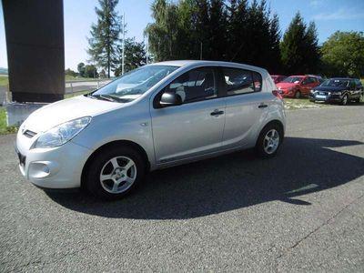 gebraucht Hyundai i20 1,25 Europe Klein-/ Kompaktwagen,