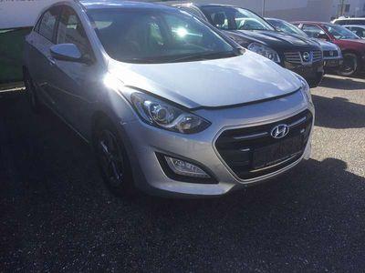 gebraucht Hyundai i30 i30Comfort Klein-/ Kompaktwagen,