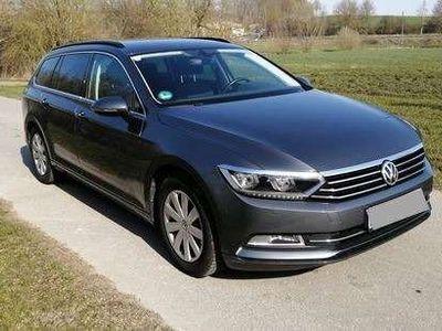 gebraucht VW Passat B8 2,0 TDI Comfortline Kombi / Family Van