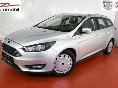 gebraucht Ford Focus Traveller 1,5 TDCi ECOnetic Titanium Kombi / Family Van