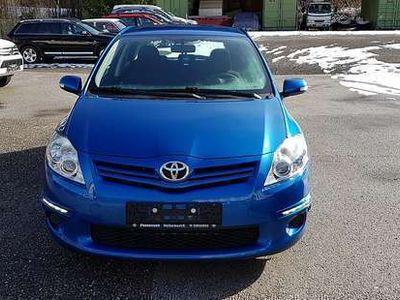 gebraucht Toyota Auris 1,4 D-4D 90 DPF Young