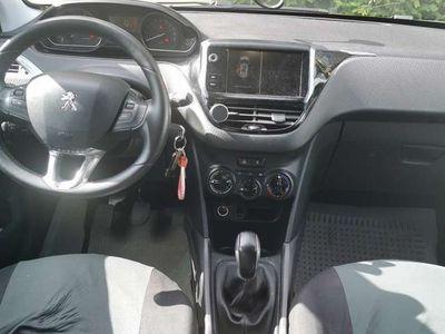 gebraucht Peugeot 2008 BlueHDi 100 STOP