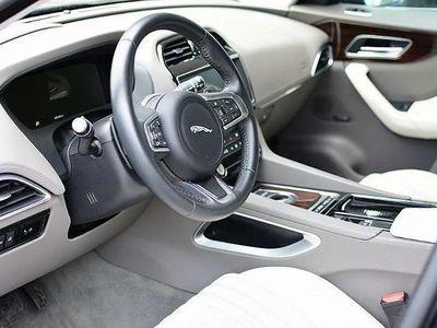 gebraucht Jaguar F-Pace 20d AWD Portfolio Aut. SUV / Geländewagen