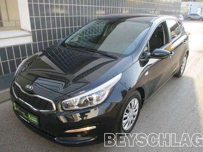 gebraucht Kia cee'd 1,6 CRDi Titan Limousine,