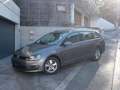 gebraucht VW Golf Variant Lounge 4Motion TDI AHK TOP Kombi / Family Van