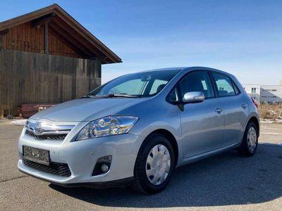 gebraucht Toyota Auris 1,8 VVT-i Hybrid Young