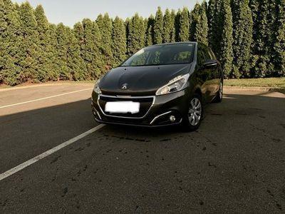 gebraucht Peugeot 208 Allure 1,2 PureTech 82