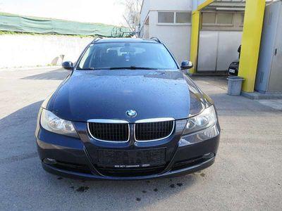 gebraucht BMW 318 3er-ReiheDiesel (E91) Touring Österreich-Paket Kombi / Family Van