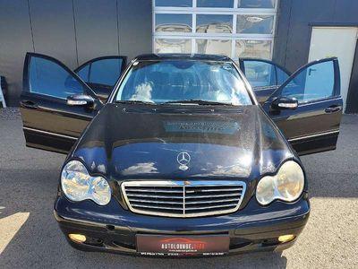 gebraucht Mercedes C200 C-KlasseAvantgarde CDI, FAHRBEREIT, ORIGINALE WENIGE KILOMETER, TOP AUSSTATTUNG Limousine