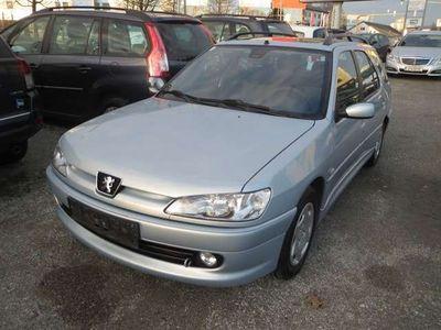 gebraucht Peugeot 306 Break 1,4 Kombi / Family Van