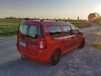 gebraucht Dacia Logan MCV Lauréate 1,4 MPI Kombi / Family Van
