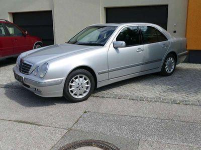 gebraucht Mercedes E240 E-KlasseElegance Automatik Schiebedach Limousine