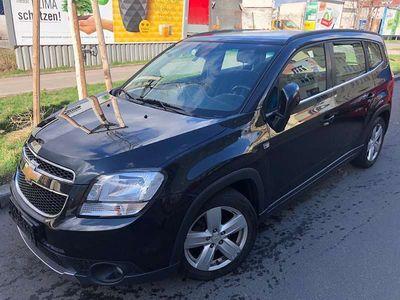 gebraucht Chevrolet Orlando Ein sehr gutes und Auto mit einer Vollaustatung Kombi / Family Van
