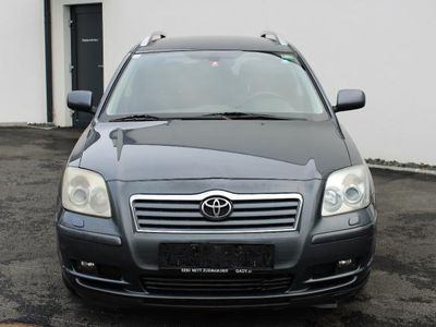 used Toyota Avensis 2,2 D-4D Linea Sol