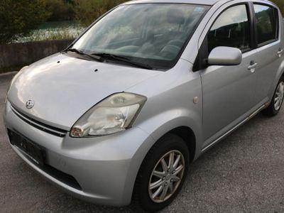 gebraucht Daihatsu Sirion 1,3 Top 4WD