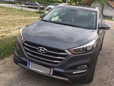 used Hyundai Tucson Premium Launch 1,7 CRDi 2WD SUV / Geländewagen,