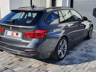 gebraucht BMW 330 3er-Reihe xd Touring LCI Kombi / Family Van