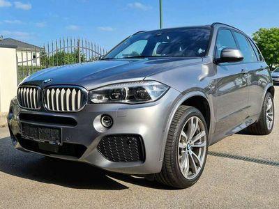 gebraucht BMW X5 xDrive40d Aut. *M-Paket*LED*el.AHK*HeadUp*HK*WLAN*