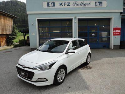 "gebraucht Hyundai i20 1,25 Life ""Wenig Kilometer"""