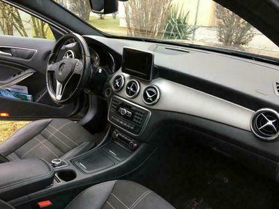 gebraucht Mercedes GLA200 Urban Paket
