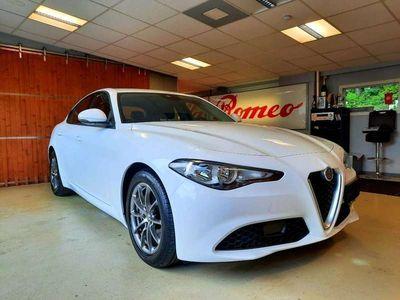 gebraucht Alfa Romeo Giulia 2,2 150PS AT RWD mit 13.100.- EURO WEGFAHRPREIS !!