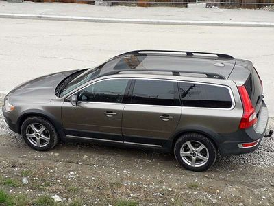 usata Volvo XC70 D5 2.4 Summum-Ausstattung Kombi / Family Van,