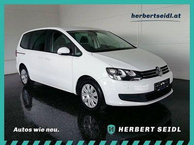 gebraucht VW Sharan Trendline BMT 2,0 TDI DPF DSG *XENON / N... Kombi / Family Van,