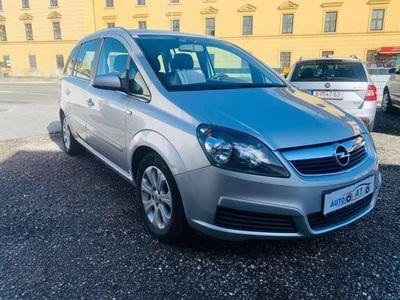 gebraucht Opel Zafira 1,9 CDTI 7MS Kombi / Family Van