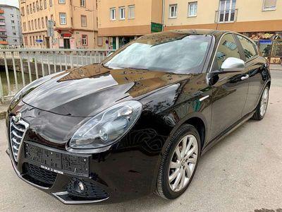 gebraucht Alfa Romeo Giulietta 1,4 TB Distinctive - 1 JAHR GARANTIE ÖSTERREICHWEIT - PICKERL BIS 05.2020 *- GEPFLEGT - 1. BESITZ Klein-/ Kompaktwagen,