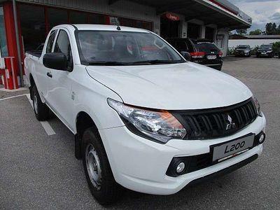 gebraucht Mitsubishi L200 2,4 DI-D 4WD Klubkabine Invite