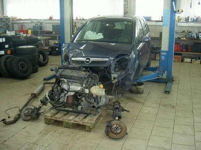 gebraucht Opel Meriva 1,6 16V Easytronic Teileverkauf Kombi / Family Van,