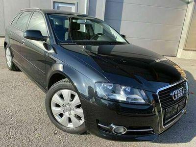 gebraucht Audi A3 Sportback 1,6''Sitzheizung*Tempomat*Parksensor''