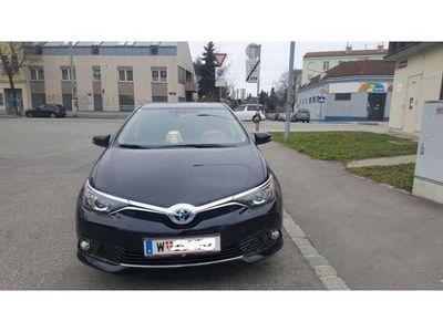 gebraucht Toyota Auris 1,8 VVT-i Hybrid Edition 45