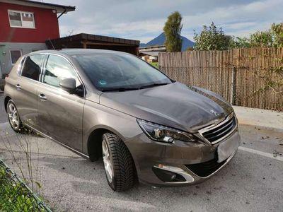 "gebraucht Peugeot 308 1,6 HDi 92 FAP Allure 17"" Felgen"