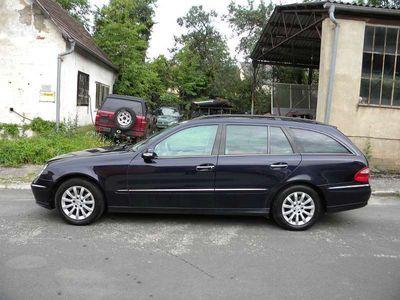 gebraucht Mercedes E280 E-KlasseAvantgarde A-Edition Aut. Kombi / Family Van
