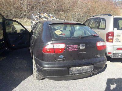 gebraucht Seat Leon 1,9 Signo TDI Klein-/ Kompaktwagen