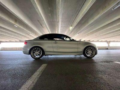 gebraucht BMW 120 Coupé 1er-Reihe E82 d Coupe M-Paket Sportwagen /