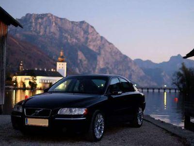 gebraucht Volvo S60 Summum D5 Geartronic