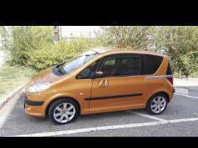 gebraucht Peugeot 1007 Trendy 1,4 Klein-/ Kompaktwagen