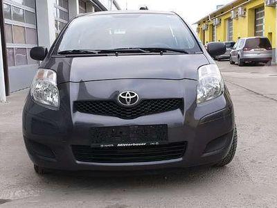 gebraucht Toyota Yaris 1,0 VVT-i Klein-/ Kompaktwagen