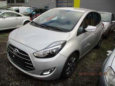 gebraucht Hyundai ix20 1,4 CVVT ISG Premium Kombi / Family Van