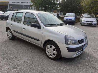 gebraucht Renault Clio Authentique 1,2 16V