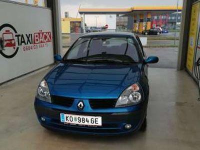 gebraucht Renault Clio Dynamique Komfort 1,4 16V