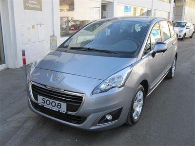 gebraucht Peugeot 5008 1,6 BlueHDi 120 S&S Active